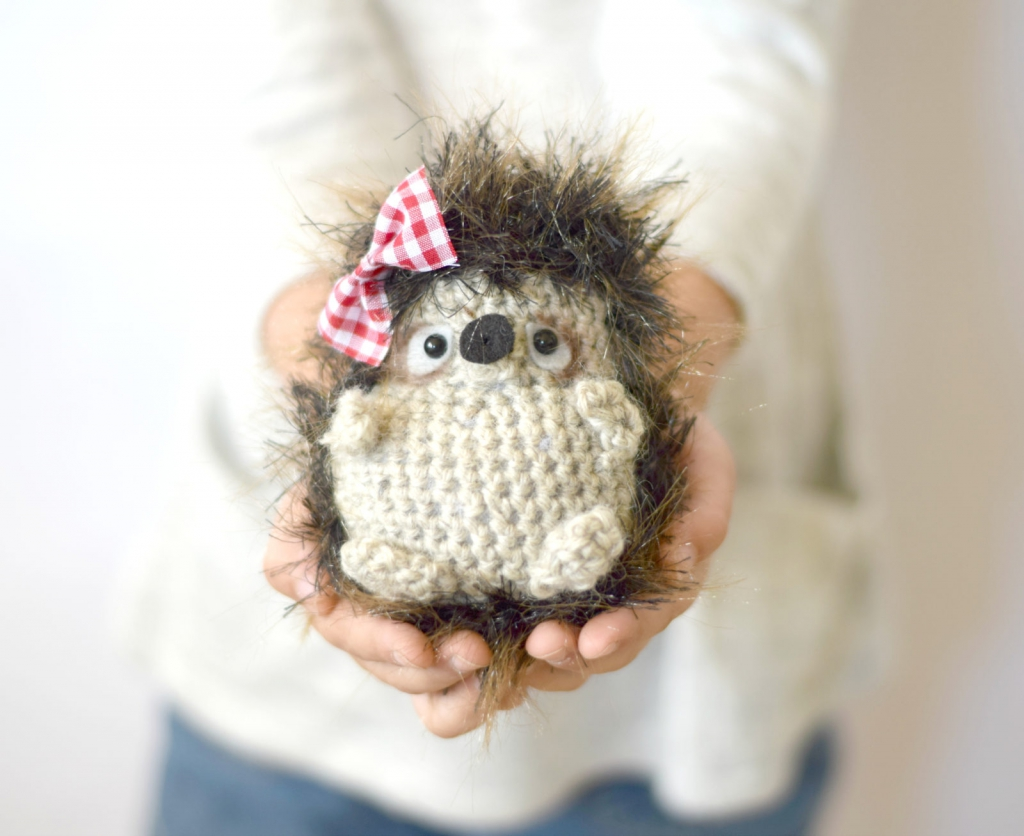Hedgehog-Free-Crochet-Pattern-.jpg